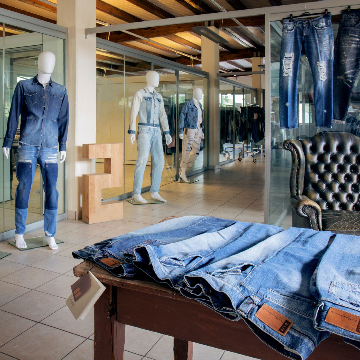 Factory: la compagnia del denim
